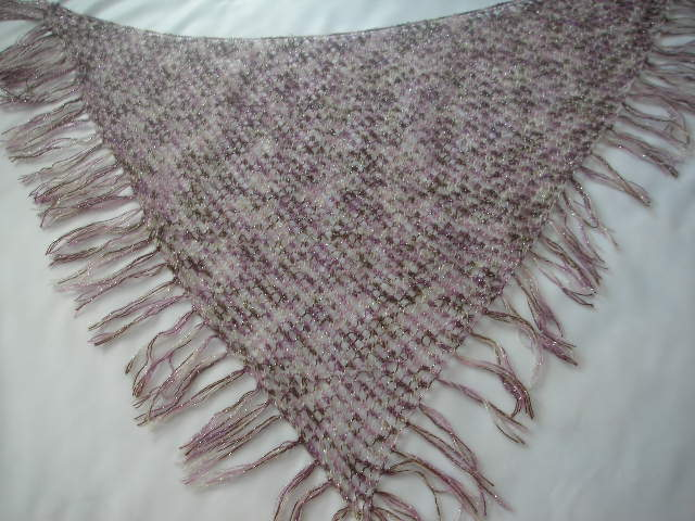 Free Knitting Pattern For Triangular Shawl : Easy Lace Triangle Shawl   Pattern knittinggalore