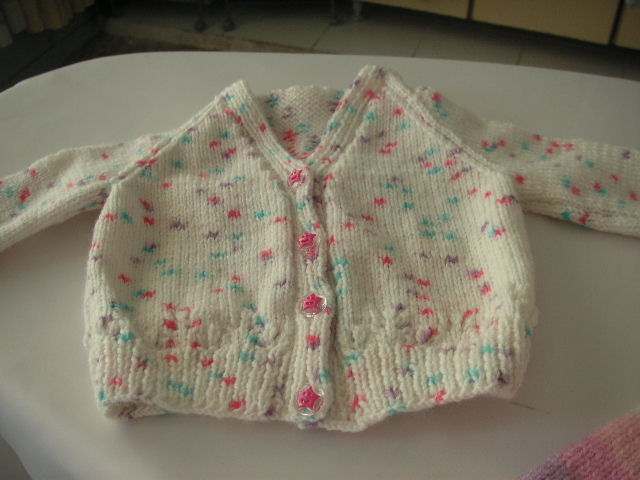 Knitting Pattern Baby Cardigan Newborn : baby cardigan knittinggalore