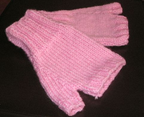 Vintage knitted childrens Hats and Gloves patterns