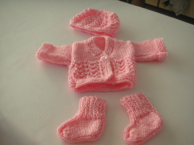Preemie Knitting Patterns Free : free knitting pattern knittinggalore Page 11